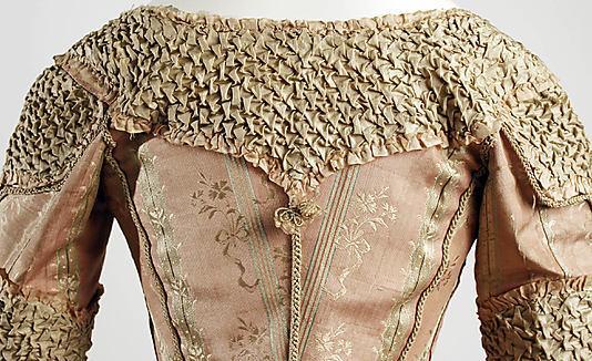 © Met Museum. Smocked 18th century dress