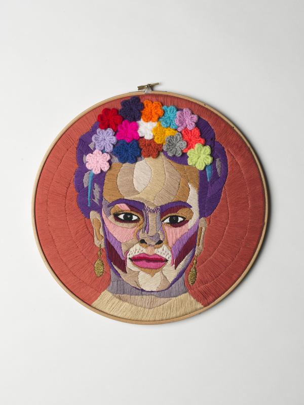 Luisa Zilio - Frida Kahlo - Hand Embroidery