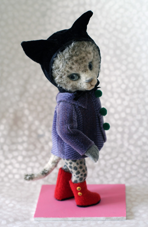 Yoomoo Cat after Higuchi Yuko