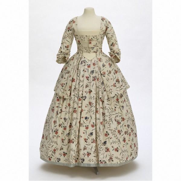 Chintz dress 1770s (c) V&A
