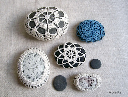 Crochet Lace Stones by Rivulette