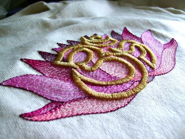 Light Painterly contour fills show on this lotus design.