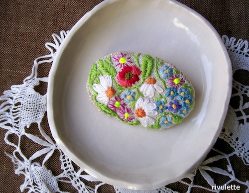 Wildflowers Brooch by Rivulette (Hand Embroidery)