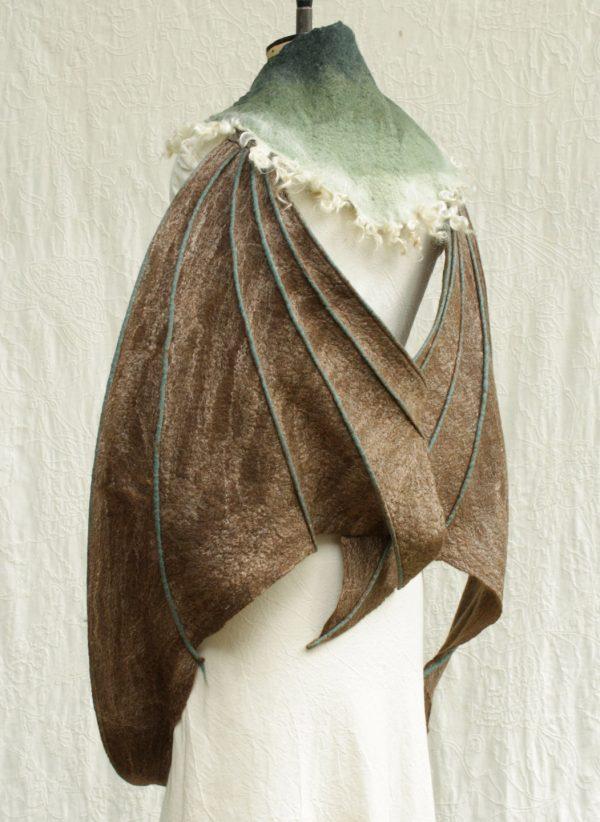 Moss Fete woolen wings