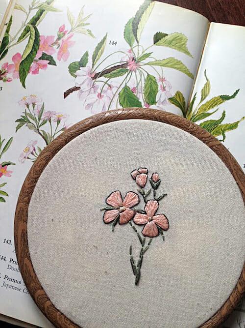 Pengelly Crafts - Dainty Floral Hoop