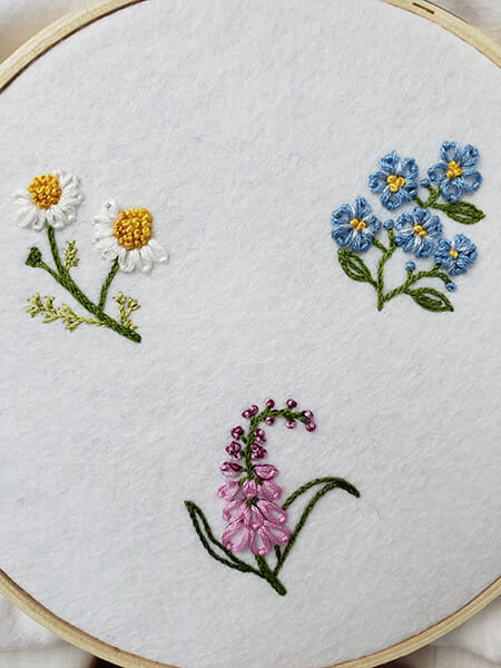 Crewelwork flowers, Sheila Ramsay, First-place winner, Hand & Lock Prize for Embroidery, Fashion Open Category