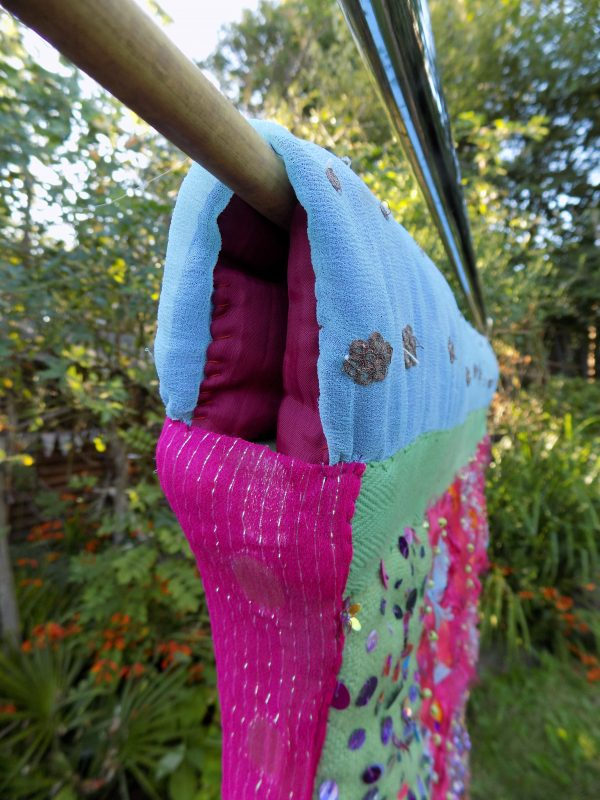 HOW TO CREATE A HANGING SLEEVE