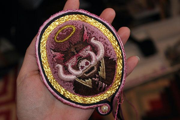 Medallion edge, Lily Cellan-Jones